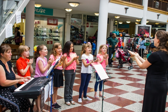 CHF2017 Addiscombe Childrens Choir at The Whitgift Centre 2 - credit Rob Wilson Jnr at Fluid4Sight