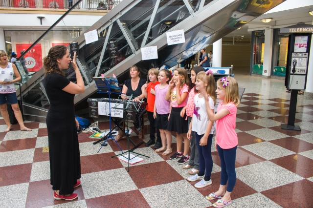 CHF2017 Addiscombe Childrens Choir at The Whitgift Centre - credit Rob Wilson Jnr at Fluid4Sight
